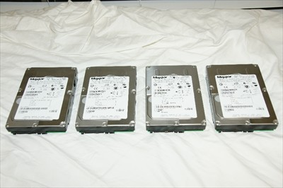 Maxtor Atlas 10K V 3.5 Series 73GB Serial Attached SCSI ( SAS ) Hard Drives