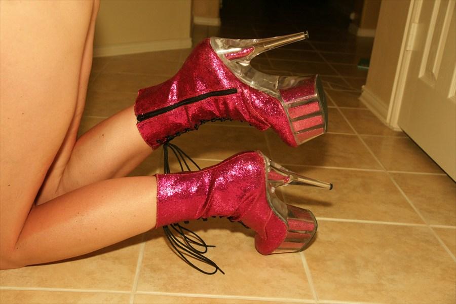 e538f41846d0 Pink Glitter Sexy high heel Platform Stripper Boots Size 11 Pleaser