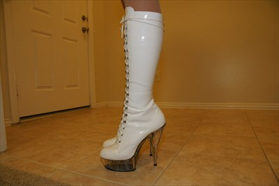 Pleaser Delight 2020 White lace up platform stripper boots