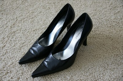 Sexy Nine West High Heel Stiletto Black Pumps DOUGO