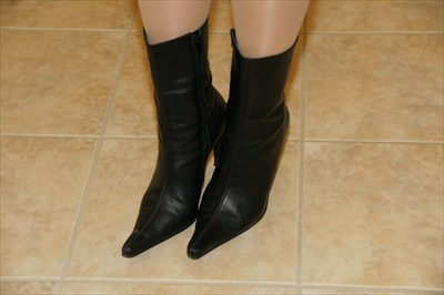 Sexy Steve Madden Zip Boots Black Pointed Toe TRIALL