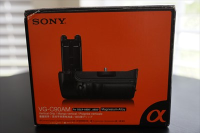 Sony VG-C90AM DSLR Vertical Grip for the a900 a850 Cameras