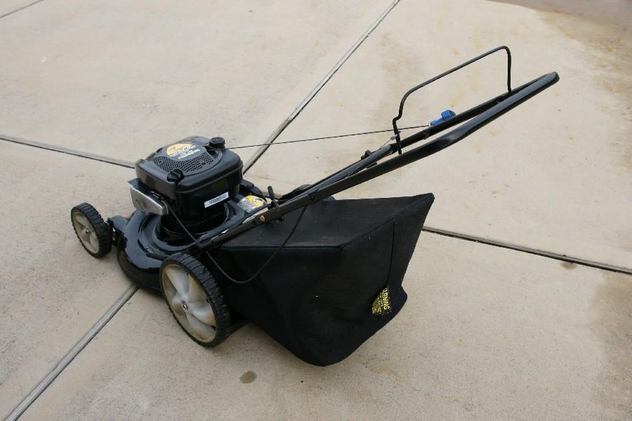 yard machine lawn mower 21